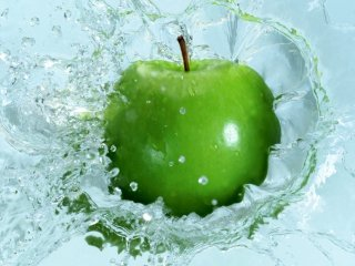 Apple-in-water